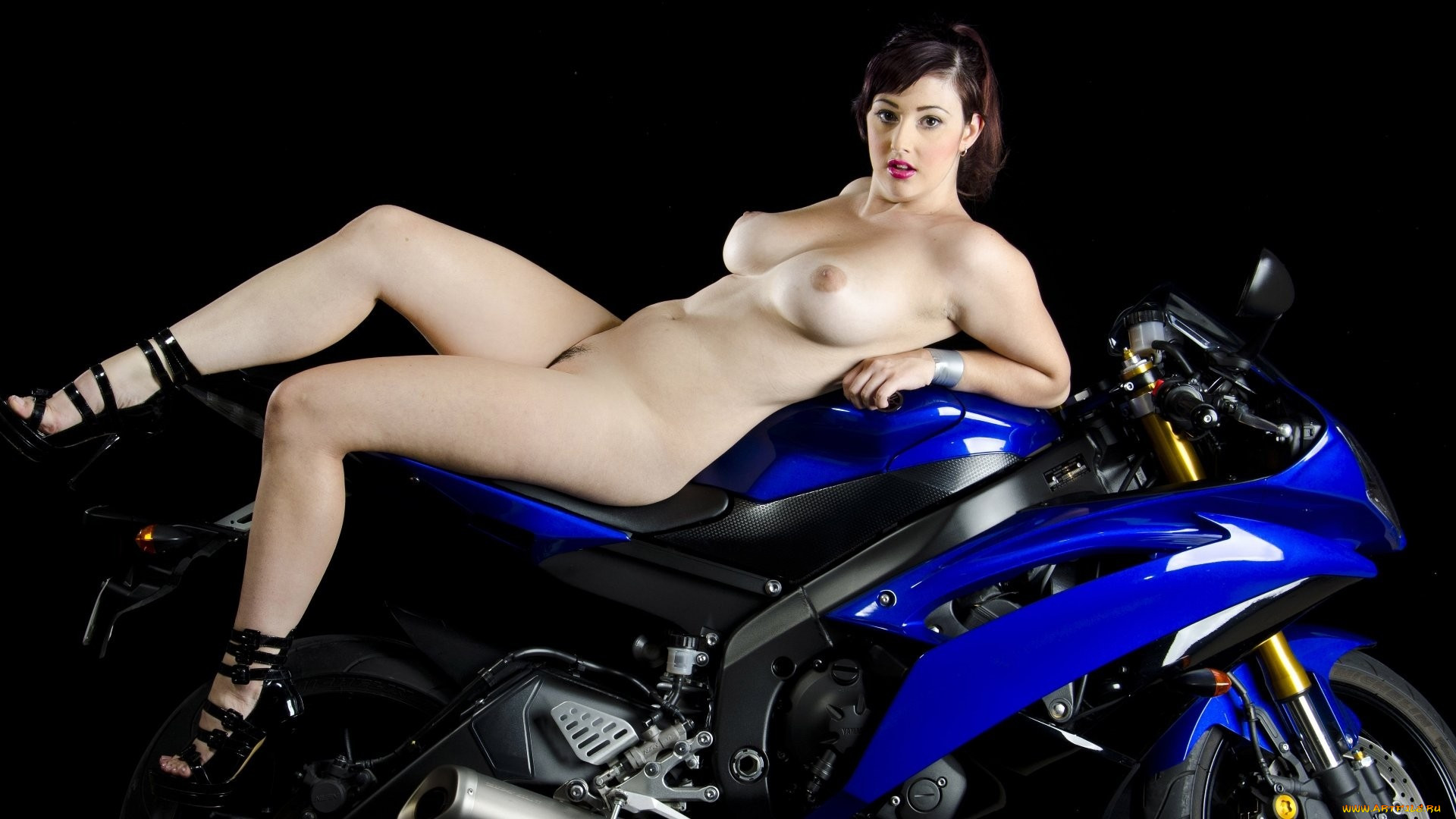 Erotic motorcbikers xxx image